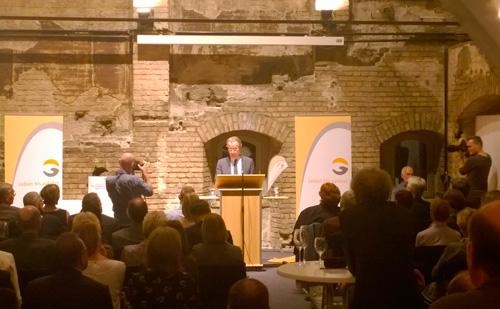 Franz Müntefering hält die Festrede zur Eröffnung der 17. Berliner Hospizwoche